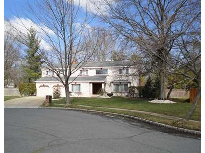 4 Coachman Ct, East Brunswick, NJ 08816