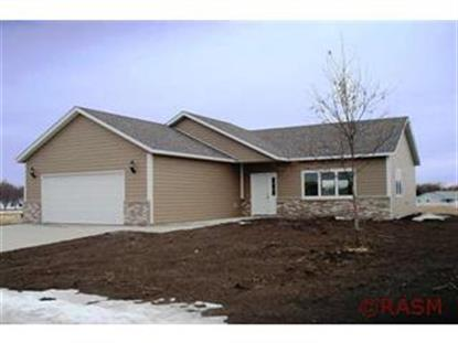 802 Oakwood Trail, Janesville, MN