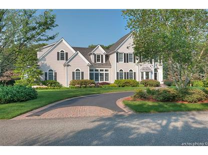 13 North Glen Dr, Mashpee, MA