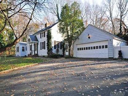 14 Pine Rd, Syosset, NY