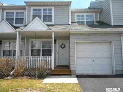 34 Pleasantview Dr, Central Islip, NY