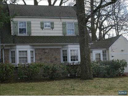 364 W Clinton Ave, Tenafly, NJ 07670