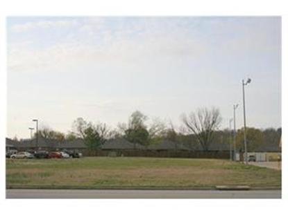 2702 MARKET Trace, Fort Smith, AR