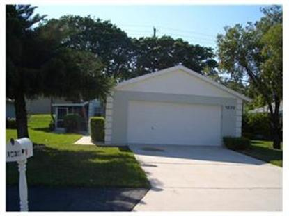 1239 Pine Sage Cir, West Palm Beach, FL