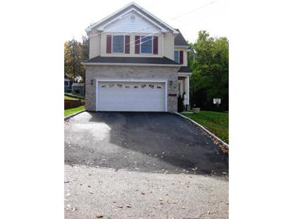 36 Oaktree Ln, Bloomfield, NJ