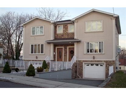 17 West St, Elmwood Park, NJ 07407