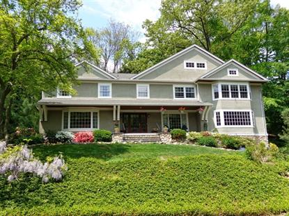 33 Laurel Hill Rd, Mountain Lakes, NJ 07046